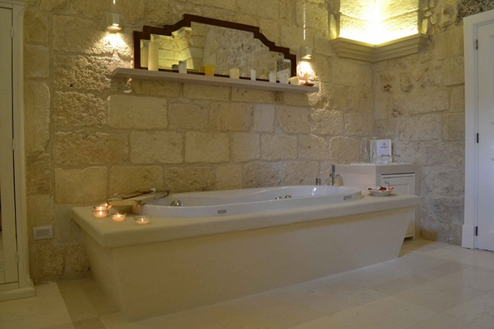 Bianco cave arredo bagno bianco cave - Vasca da bagno in pietra ...