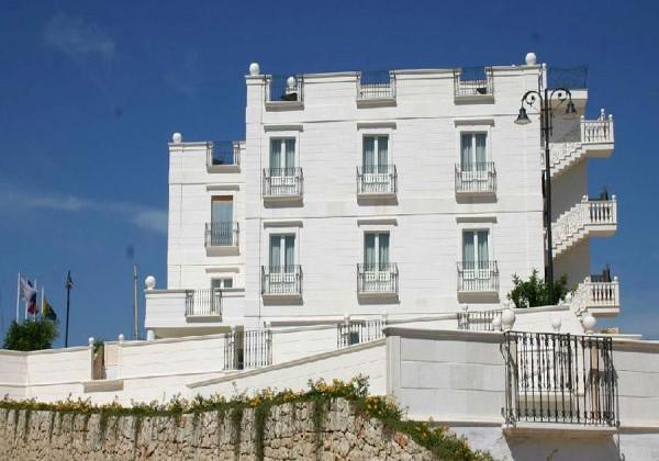 HOTEL-MADONNA-DELLE-GRAZIE-1